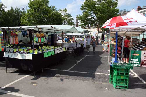 Thursday weekly market
